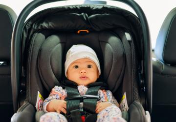 Como transportar o bebê recém-nascido saindo da maternidade?