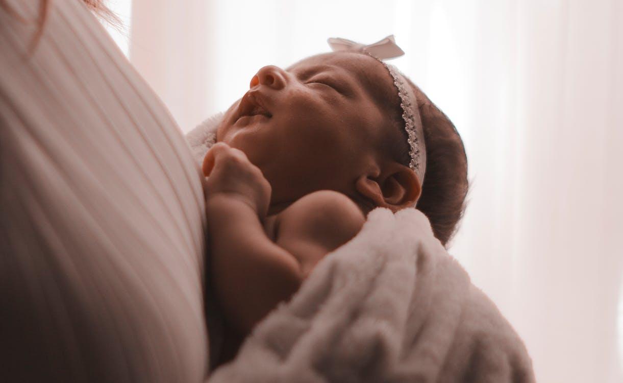 com vestir um recém nascido dicas